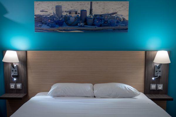 hotel-bleu-france-eragny-contact-hotel-02CE0D4975-023B-4BF1-BEBF-DD95F35E5654.jpg