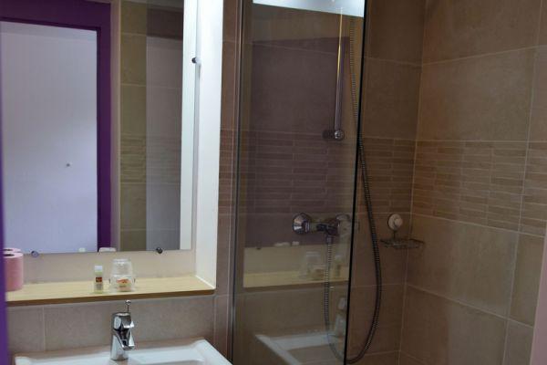 hotel-bleu-france-eragny-contact-hotel-13991407ED-E33D-4D82-9395-E067C4B403E1.jpg