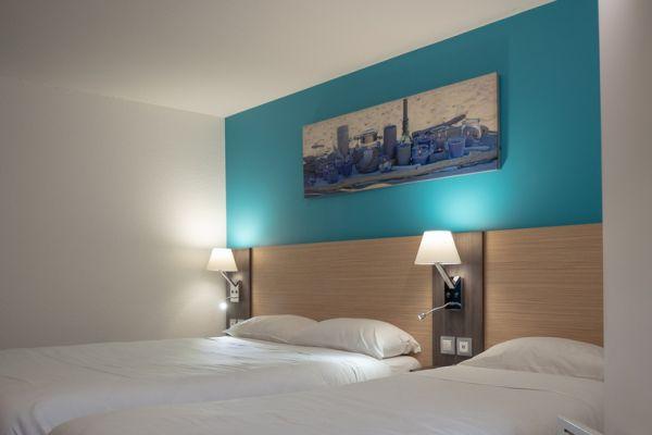 hotel-bleu-france-eragny-contact-hotel-1450B53BBA-39BE-43F5-BDA4-FCF026A30404.jpg