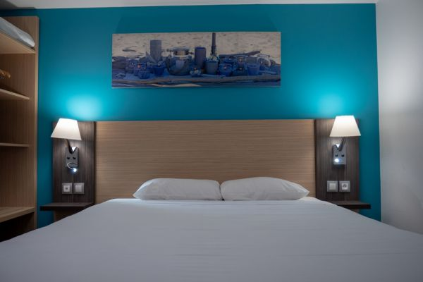 hotel-bleu-france-eragny-contact-hotel-2451093480-6522-48D2-B65D-AB960D62D98E.jpg