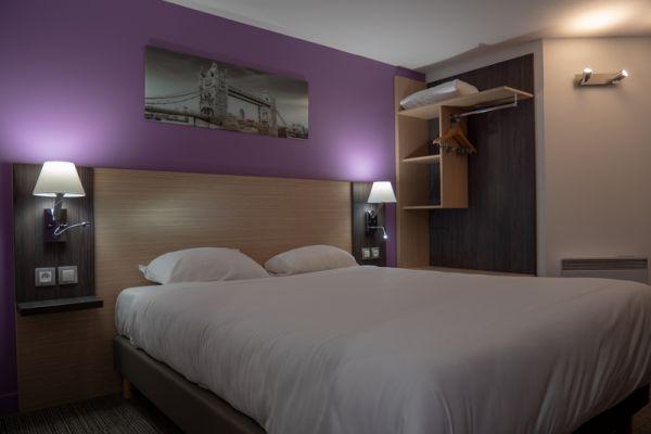 hotel-bleu-france-eragny-contact-hotel-25BE233212-186D-48E2-B63A-A1C8BA49490F.jpg