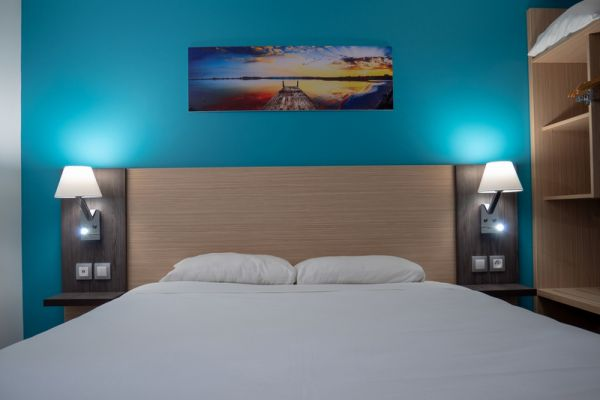 hotel-bleu-france-eragny-contact-hotel-30AA24B032-4295-4C3D-A56C-D1E667276B89.jpg