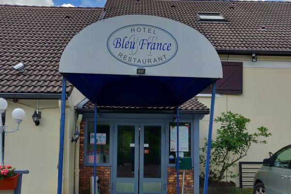 hotel-bleu-france-eragny-contact-hotel-46EF2D9EFC-533E-449D-AD61-7279058765C1.jpg